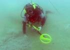 Поиск и идентификация объектов на дне водолазом с ручным металлоискателем